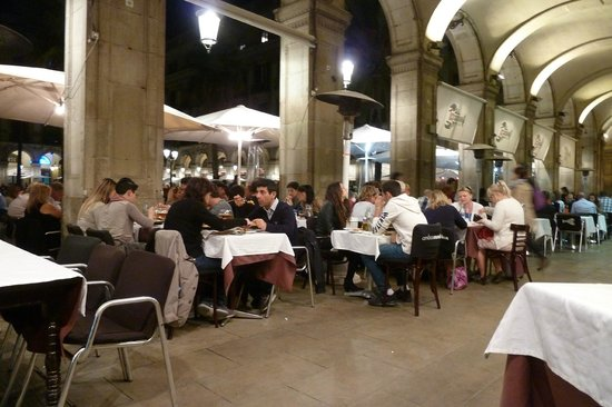 Restaurante Ambos Mundos : tavoli all'aperto
