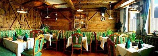 Unsere taverne foto di gasthof pizzeria rustica for Foto di taverne arredate