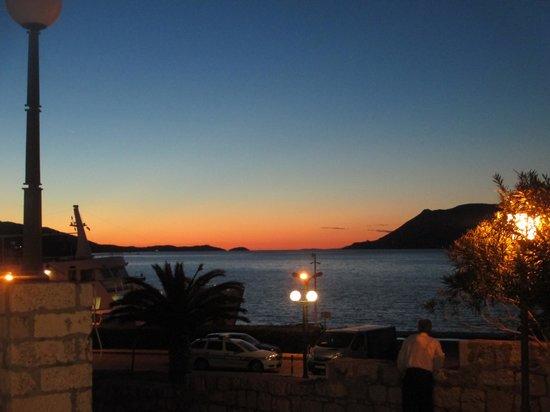 Konoba Komin: Viewing the sunset from the restaurant