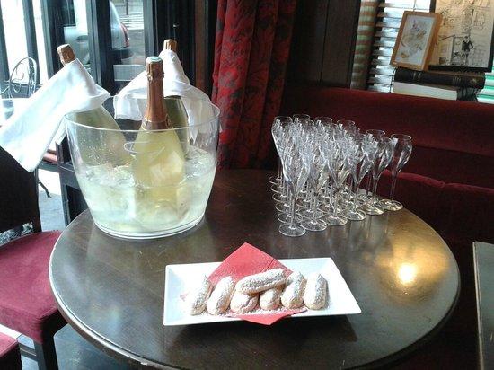 Chez les Artistes : Privatisation au champagne et petits boudoirs