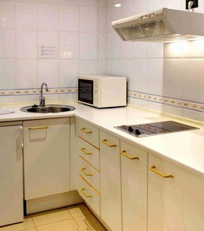Aparthotel Campus: Cocina