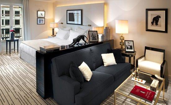 Hotel Montaigne: Chambre Hôtel Montaigne Paris 3
