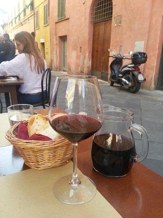 Osteria Kamollia: Enjoying the setting