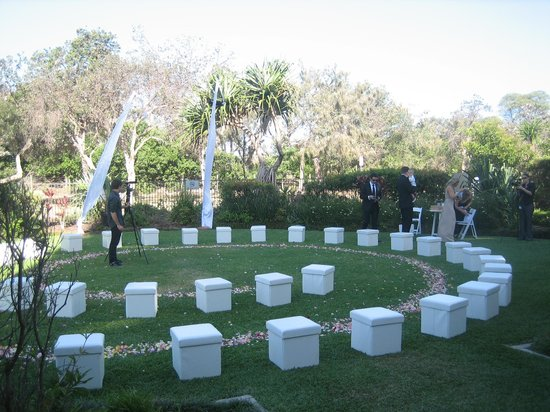 Ramada Hotel and Conference Centre Marcoola Beach : Wedding venue garden