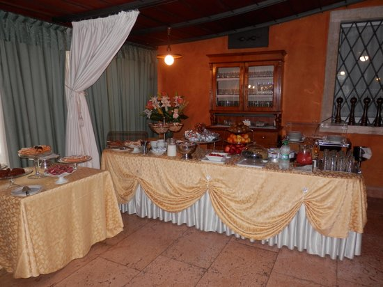 Ristorante Albergo Corte Impero: Frühstücksraum