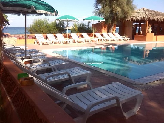 Villaggio Athragon: piscina