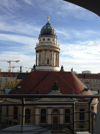 Sofitel Berlin Gendarmenmarkt : Blick auf den Gendarmenmarkt