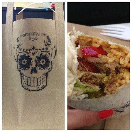 Picante Mexican Grill: Burrito joy.