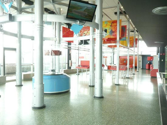 Robert Moses Niagara Hydroelectric Power Station: exhibition hall