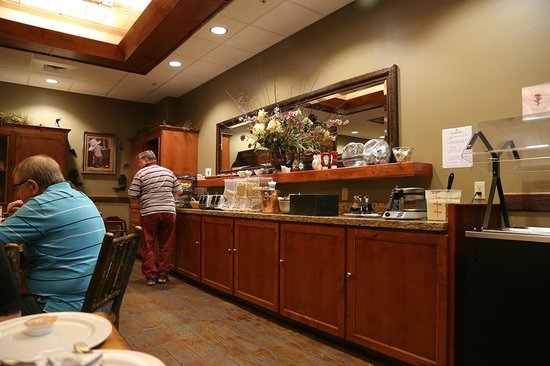 The Cody Hotel: Serving area breakfast room