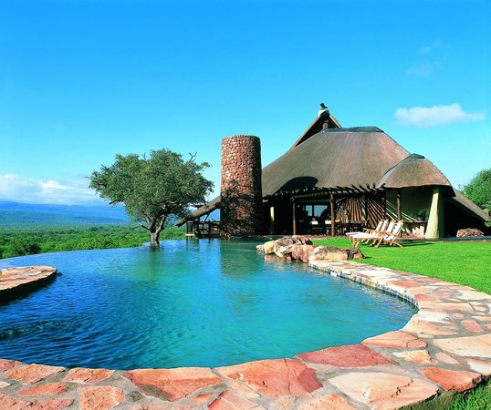 Ekland Safaris: The Lodge