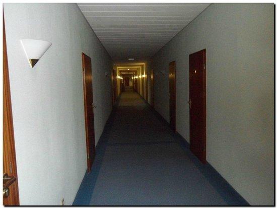 Karsdorf, Allemagne : Flur 4. Etage