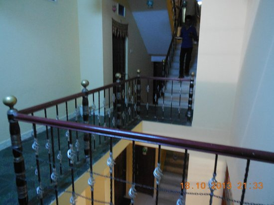 Hotel Palace Height: View of room 102 and Stairs