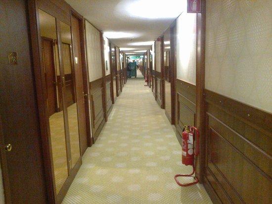 Hotel Motel Visconteo: Corridoio primo piano