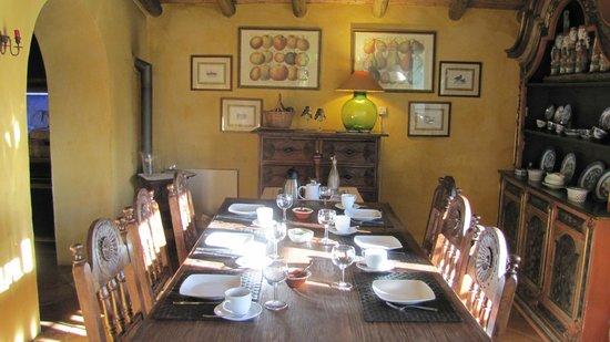 Casa Belaventura: breakfast is served