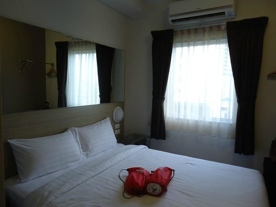 Red Planet Asoke, Bangkok : Room