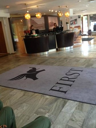 BEST WESTERN PLUS Priceless Hotel: Reception
