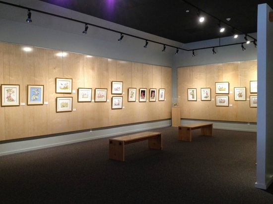 Wildling Art Museum : View of our second floor gallery