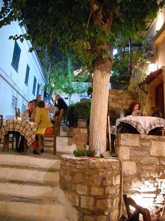 I Palia Taverna Tou Psaras : Utsikt
