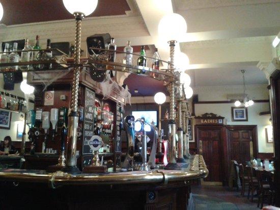 The Lorne Bar: Bar area