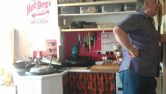 Rock & rolls: Talk to the cook!