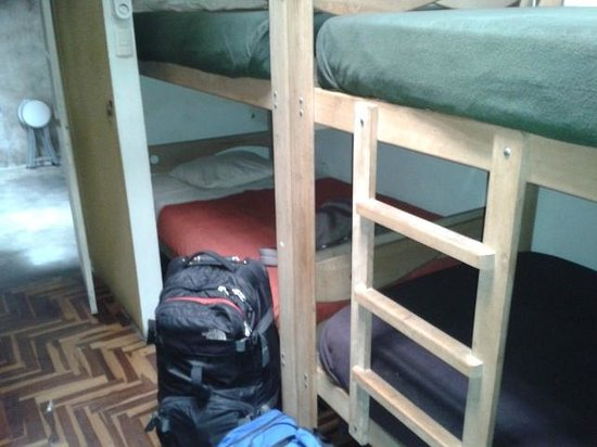 151 Backpacker Hostel : Beds