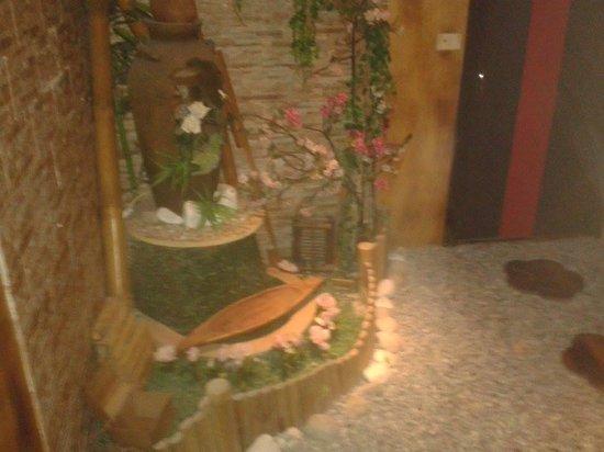 barca di sushi - Picture of Zen 2, Naples - TripAdvisor