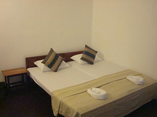 Blue Seas Guest House : Room