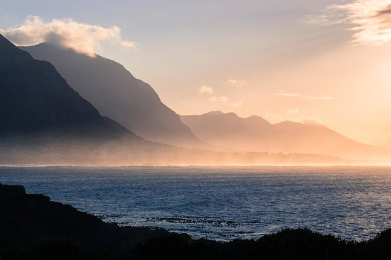 The Marine Hermanus: Morning view from hotel grounds