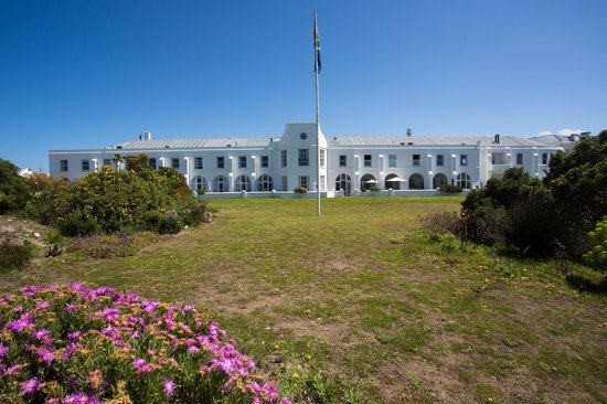 The Marine Hermanus: hotel