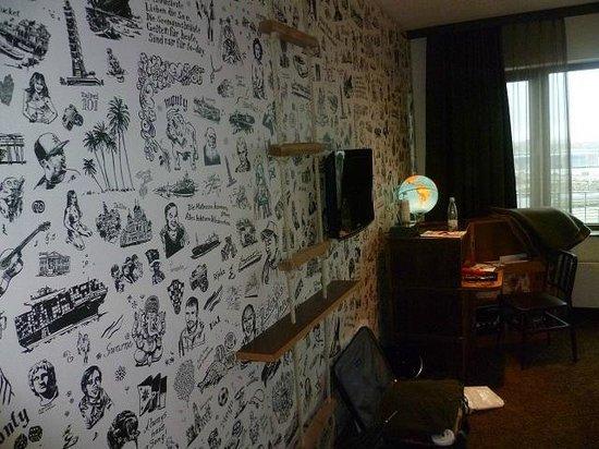 25hours Hotel HafenCity: Tapete mit Seefahrermotiven