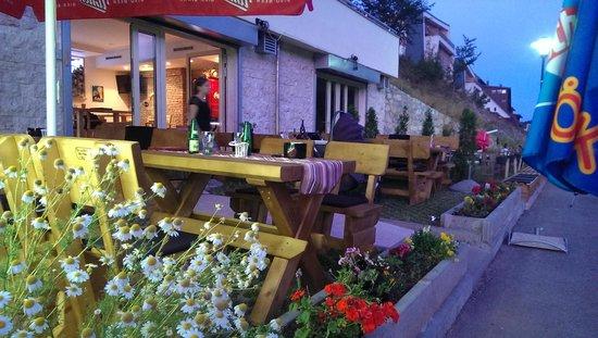 caffe bar & restaurant Prica