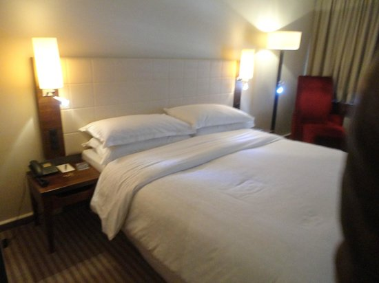 Sheraton Munchen Westpark Hotel : camera