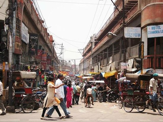Agra By Bike: Bazaar agra 2