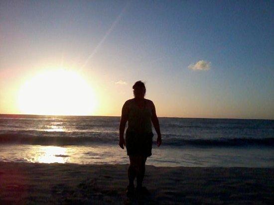 Mahekal Beach Resort: puesta de sol