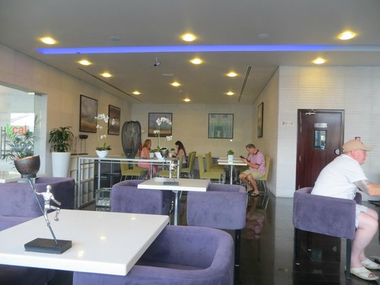 Auris Metro Central Hotel Apartments : Loby