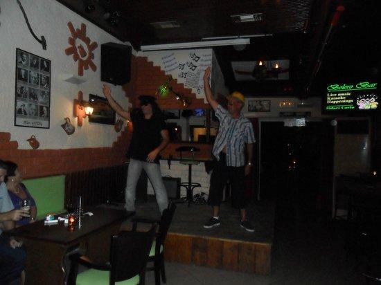 Othonas Apartments: irish bar