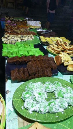 Green Cafe's cakes