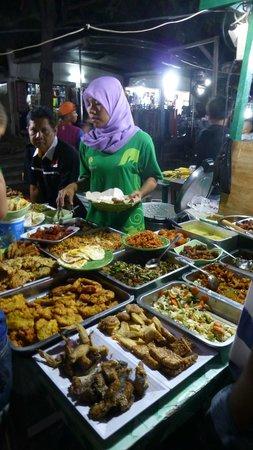 Green Cafe: Nasi Campur
