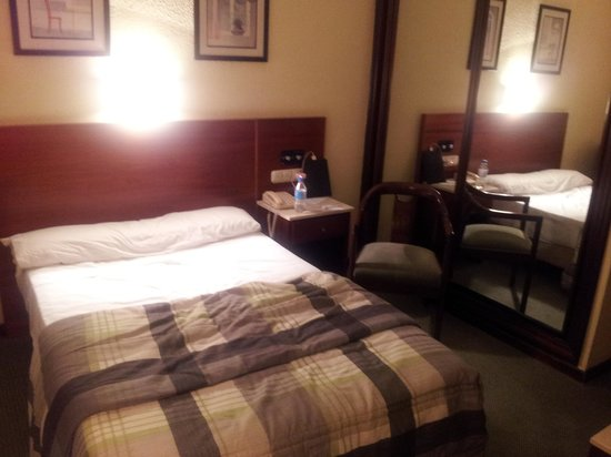 Gran Hotel Lar : camera singola