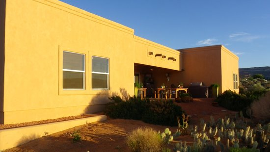 Dreamkatchers Lake Powell Bed & Breakfast: Terrace