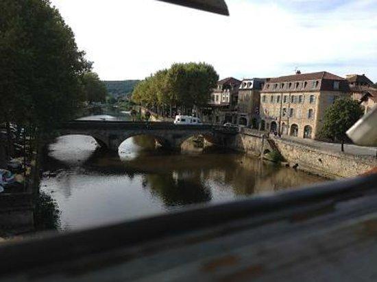 Hotel des Bains: A view looking east down the  Célé
