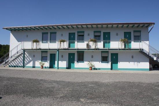Hotel am Wiesenweg: Nebengebäude