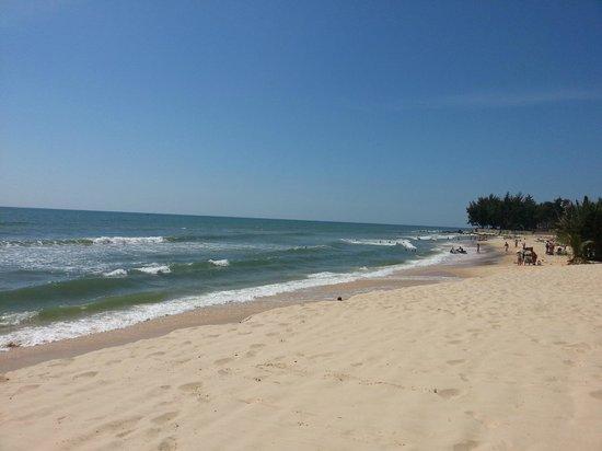 Anantara Mui Ne Resort : Clear waters and clear skies...