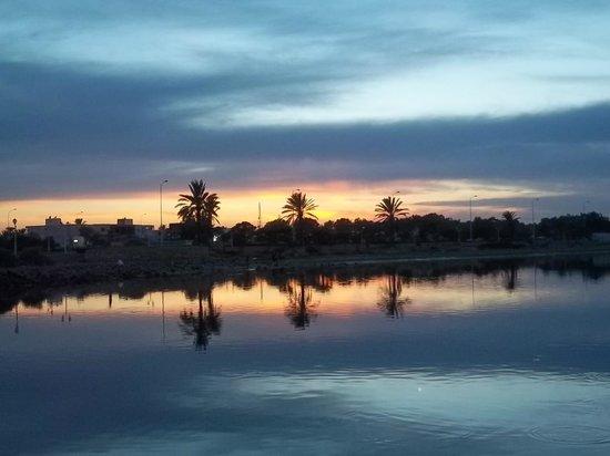 Hotel Cedriana: coucher de soleil à djerba