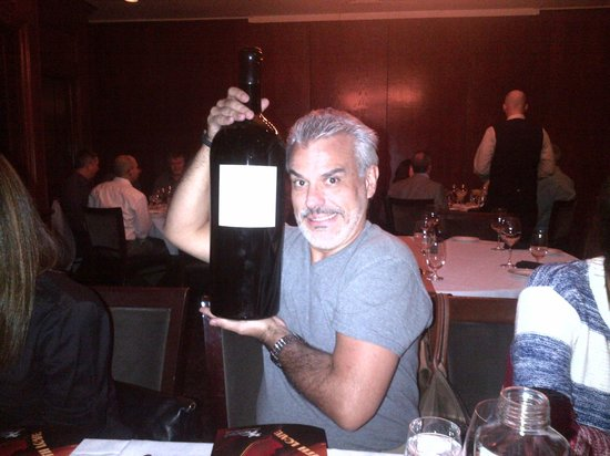 Del Frisco's : A little wine with my steak...