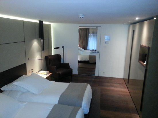 Conservatorium Hotel: room 206