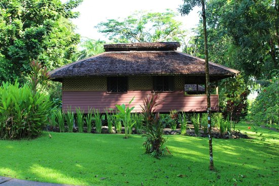 Walindi Plantation Resort: Hotel grounds