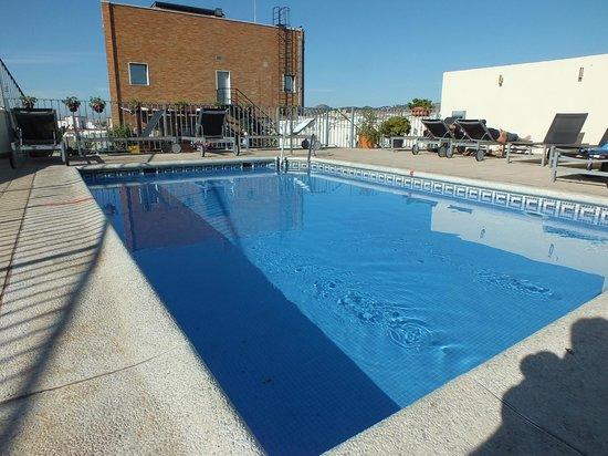 Salles Hotel Malaga Centro: Hotel pool
