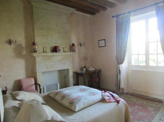 """Manoir de l""""Hermerel : Upstairs bedroom"""